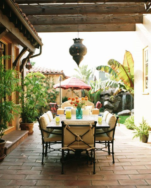 Beautiful-Outdoor-Dining-Room-Design-Ideas-With-Tropical-Design1