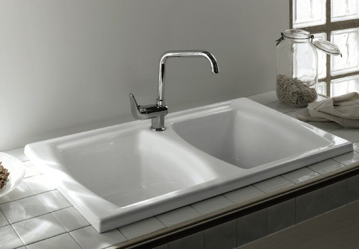 Drop in style double ceramic butlers sink in white