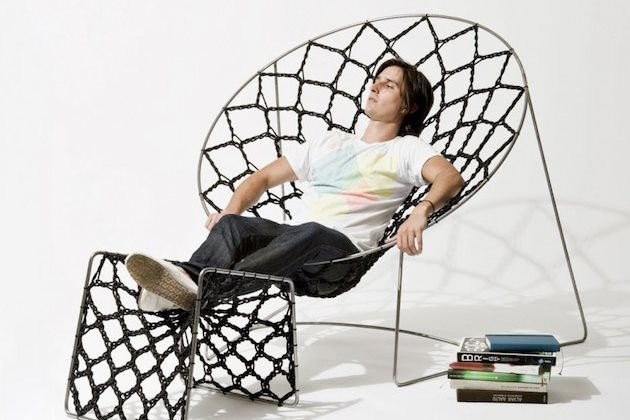 Springy-Mesh-Nook-Chair-Design-by-Henry-Sgourakis-2
