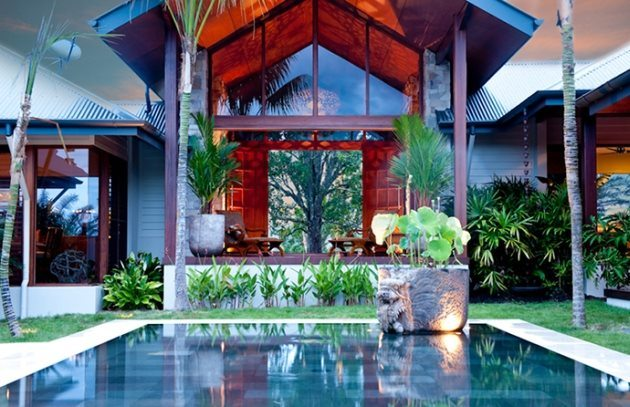 Tropical-Pool-House-2