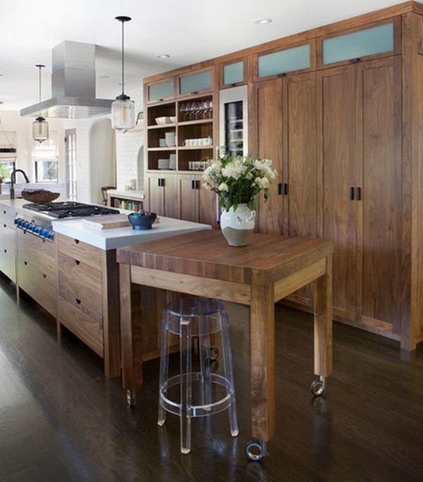 Unique-wood-accents-kitchen-Design-with-Traditional-Decoration-Combined-with-Rustic-Chandelier-Lighting-Design-Ideas-for-Kitchen-Inspiration