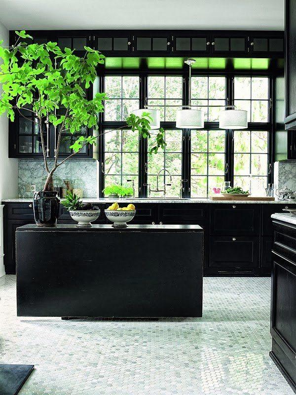 black-kitchn-greenery-marble