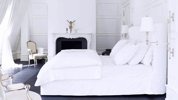 white-bedroom-fireplace-680x381